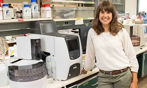 Photo of Anika Bratt in lab